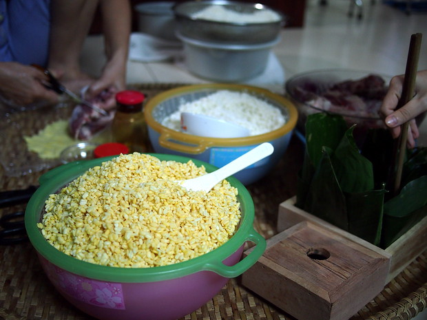 Banh chung ingredients in Vietnam