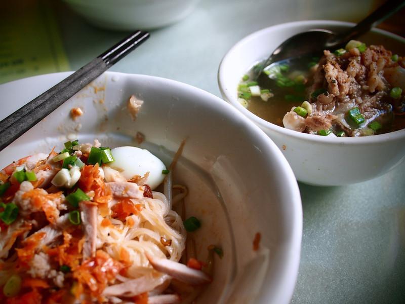 hu tieu soup vietnam