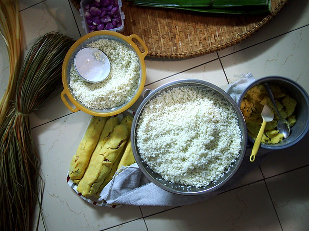 banh tet ingredients in vietnam