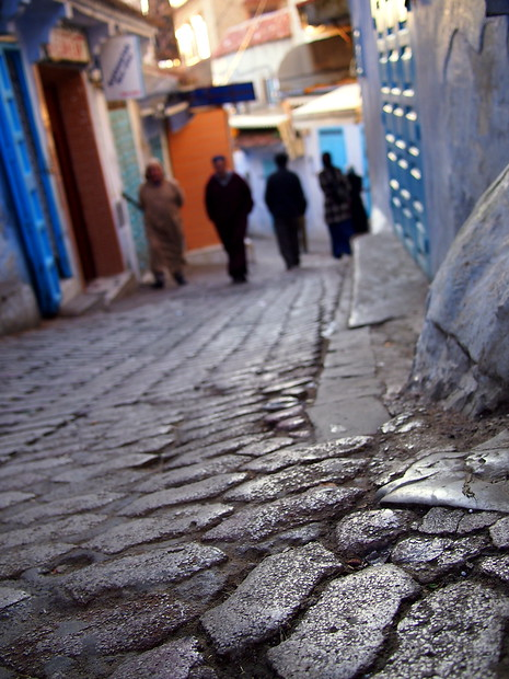 One of the first things that stood out in Chefchaouen: the grey cobblestones against the bright walls.