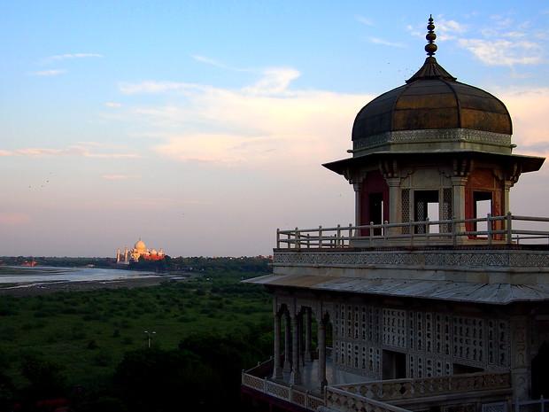 sunset over the taj mahal