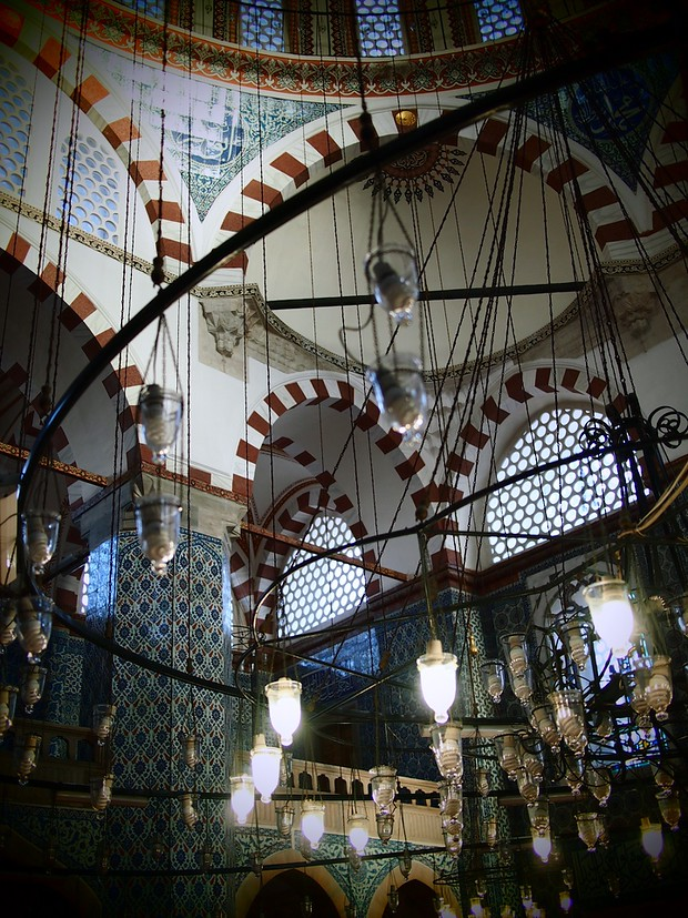 Shadows and light inside Rustem Pasha Mosque