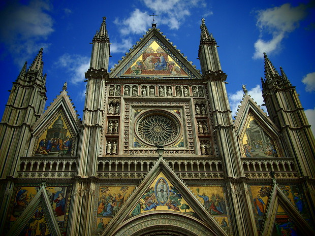 Orvieto: The Duomo's frescos against a blue sky