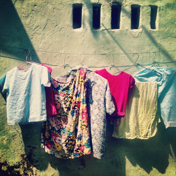 Alley way clothesline hcmc