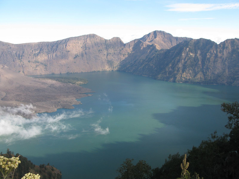 Climbing gunung rinjani in Indonesia