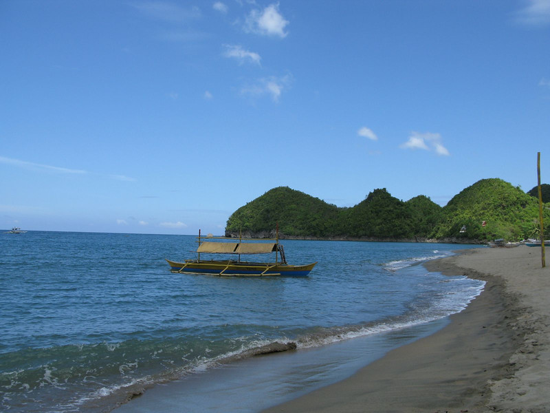 Boat to Sipalay