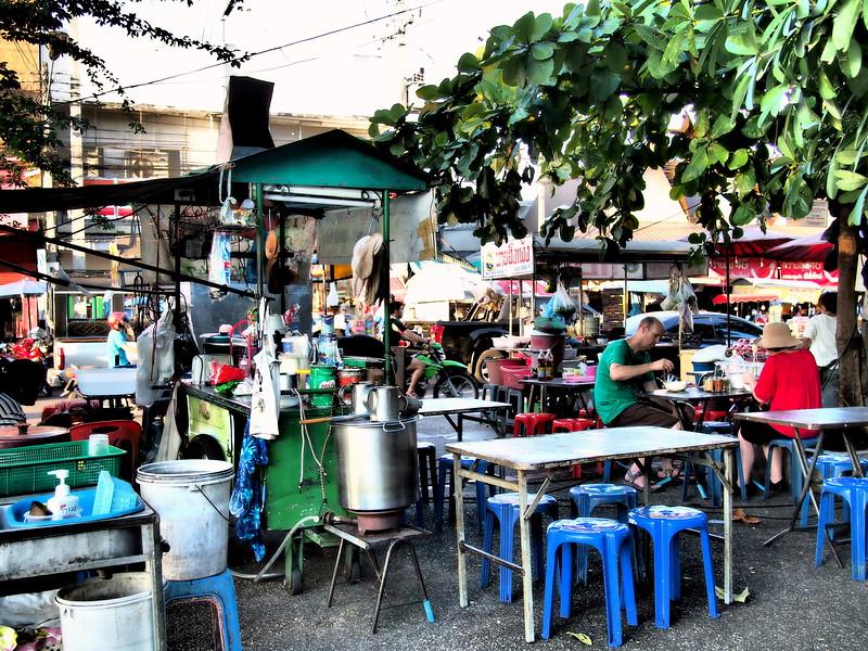 Chiang Mai Gate street food market