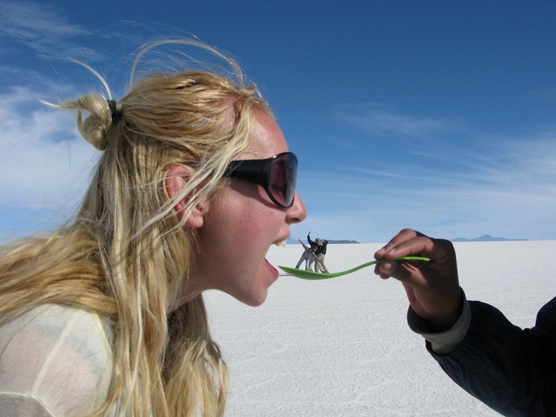 optical illusions at the salar de uyuni